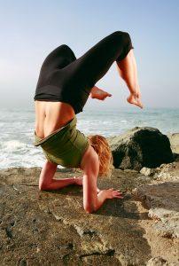 yogawoman-692789_640
